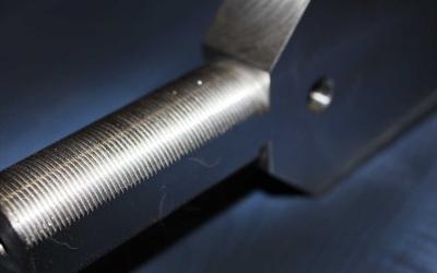 Фрезерная обработка по торцам поворотного кулака