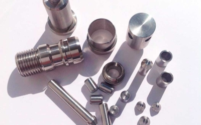 Токарная обработка чпу небольших деталей и соединительных элементов